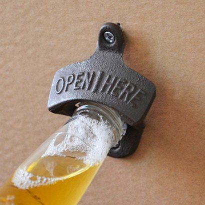 Flaskeåpner til vegg